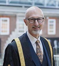 Professor Nic Beec